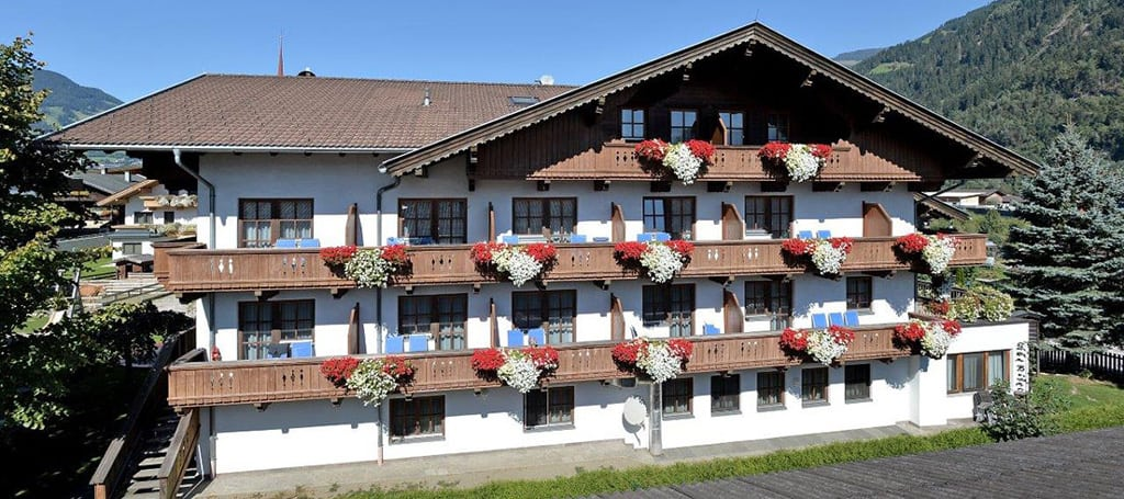 Sommeransicht - Pension Traube, Uderns/Zillertal