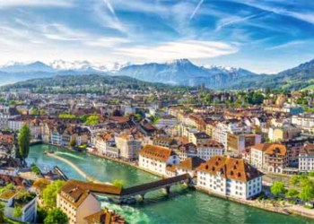 Historic City Center Of Lucerne Chapel Bridge And Lake Lucerne (Vierwaldstattersee), Canton Of Luzern, Switzerland AdobeStock 207665940 400x
